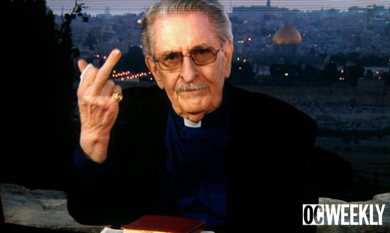 paul-crouch-flips-off-tbn-cameras